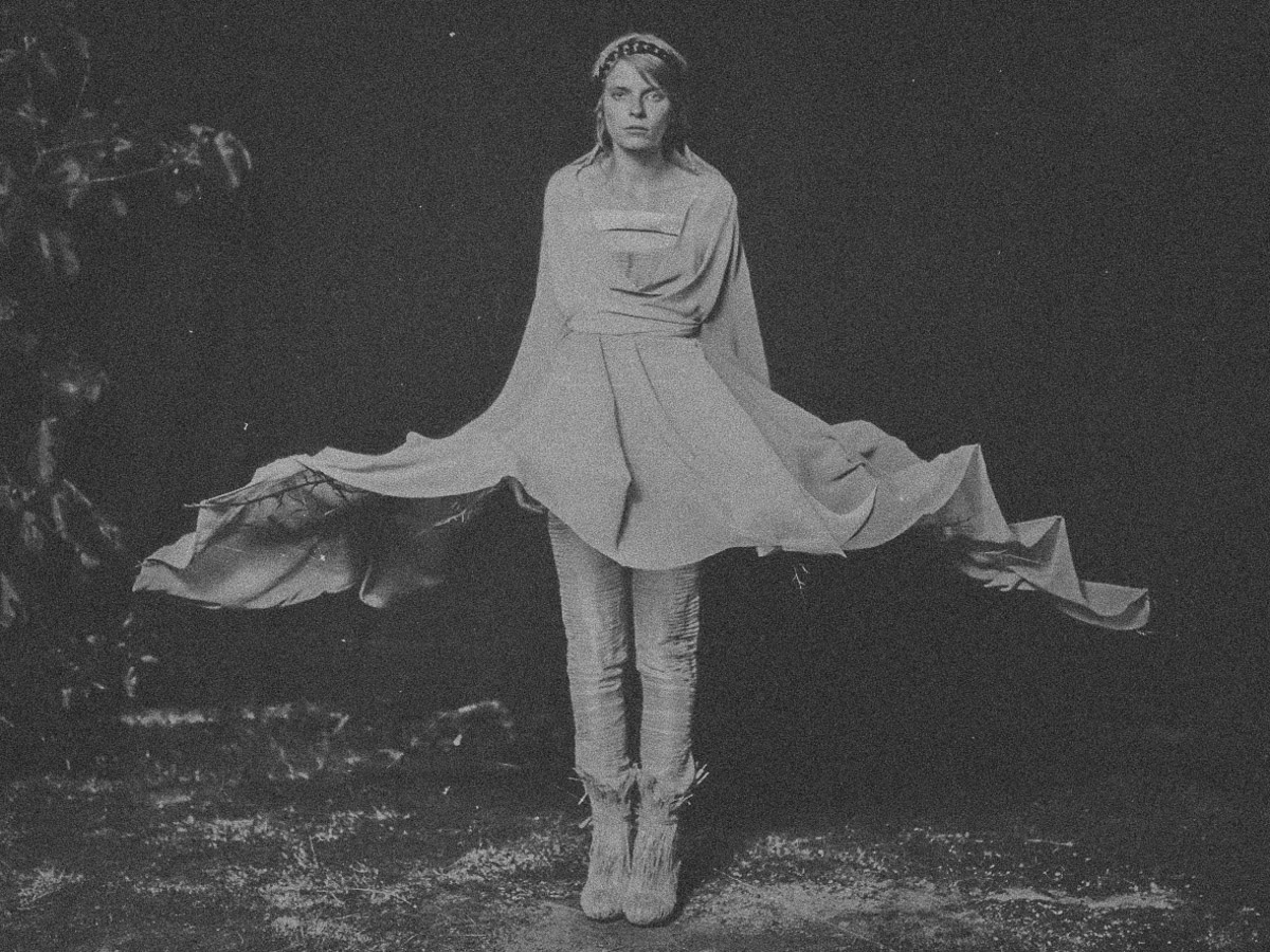 A Women in Fashiondress